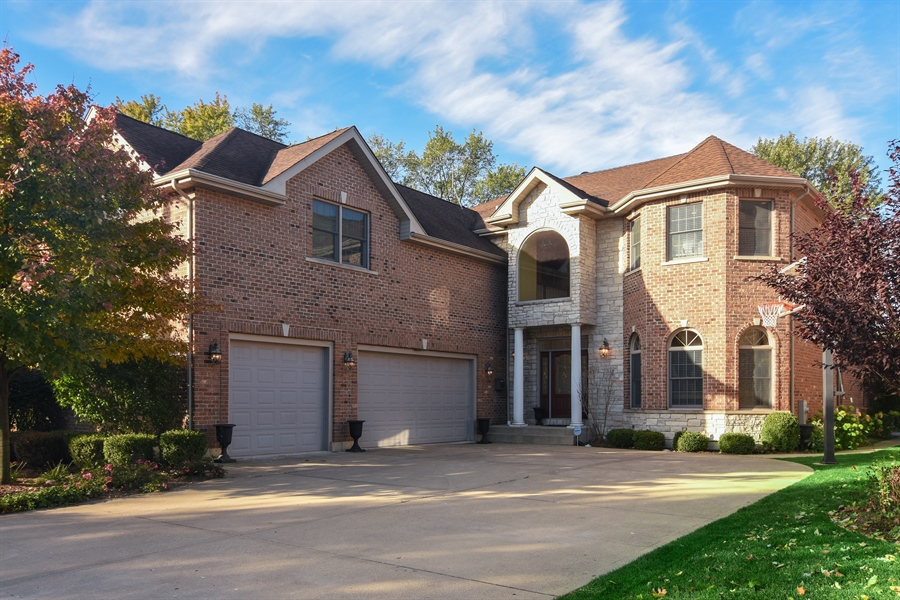 Real Estate Photography - 204 S Evergreen, Arlington Heights, IL, 60005 - Front View