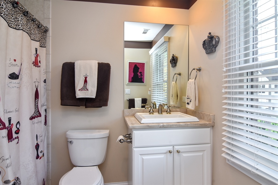 Real Estate Photography - 204 S Evergreen, Arlington Heights, IL, 60005 - Bathroom