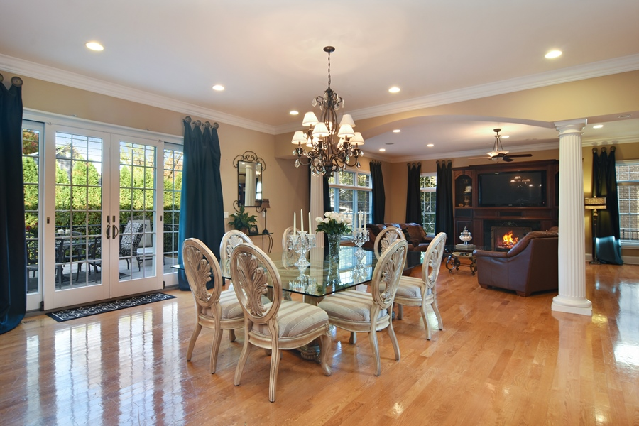 Real Estate Photography - 204 S Evergreen, Arlington Heights, IL, 60005 - Breakfast Nook
