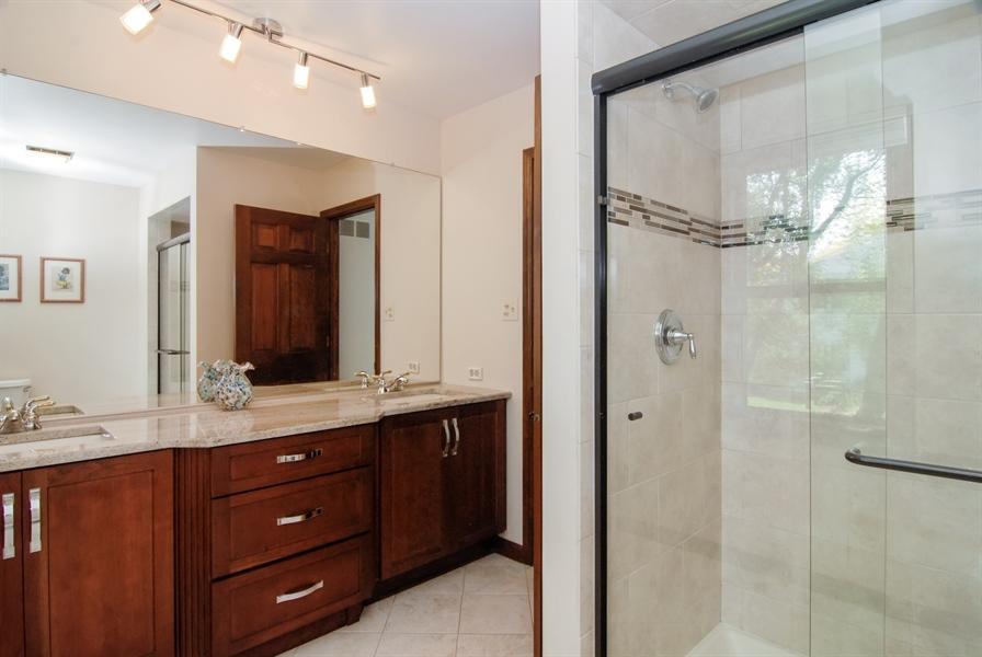 Real Estate Photography - 808 Biltmore Ct., Naperville, IL, 60563 - Master Bathroom