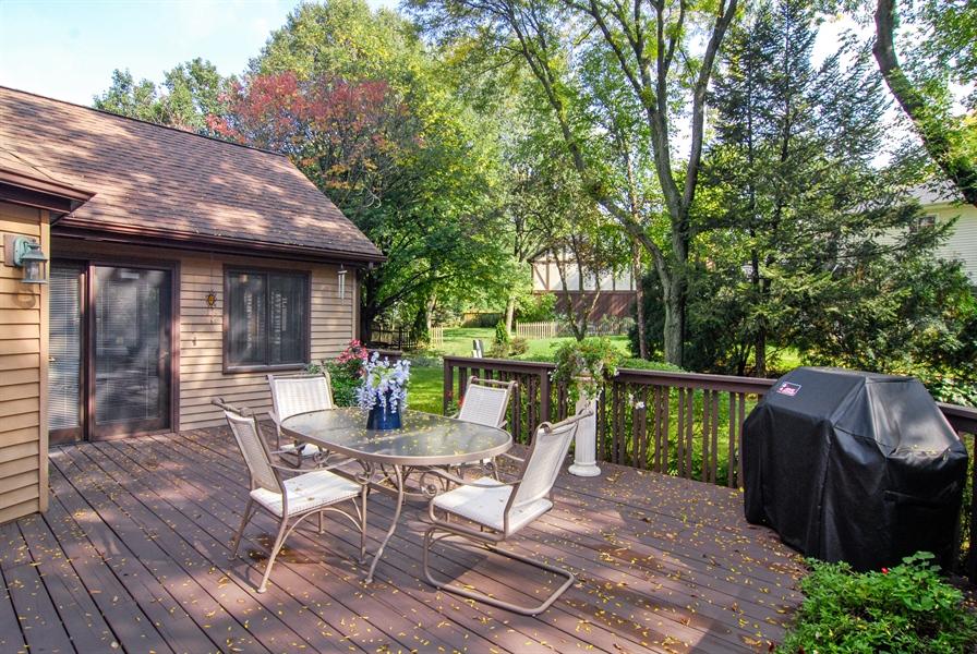 Real Estate Photography - 808 Biltmore Ct., Naperville, IL, 60563 - Deck