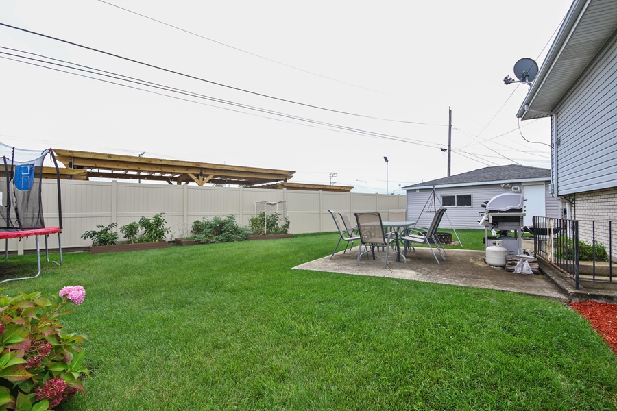 Real Estate Photography - 4517 110th Place, Oak Laawn, IL, 60453 - Back Yard