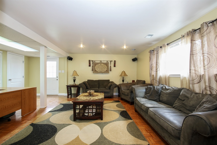 Real Estate Photography - 4517 110th Place, Oak Laawn, IL, 60453 - Family Room