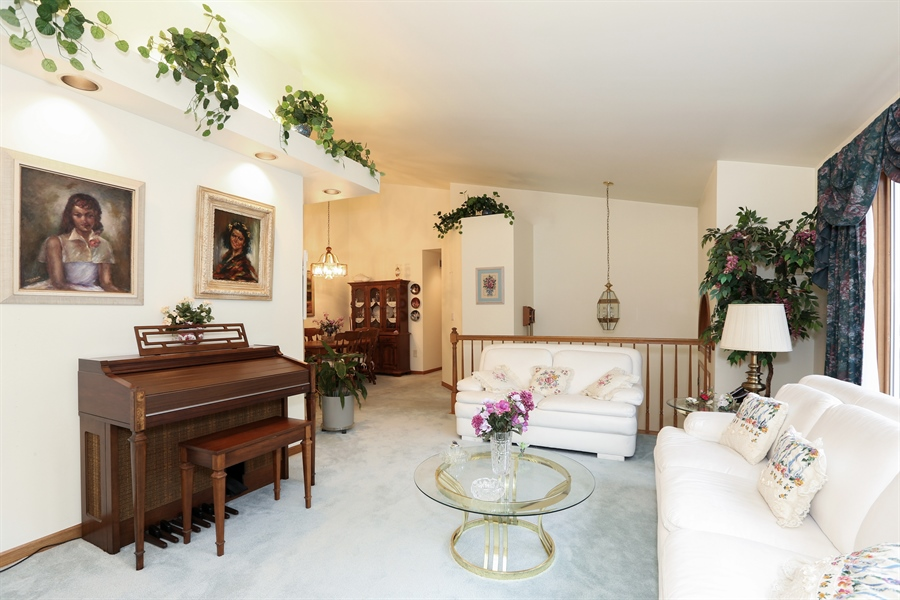 Real Estate Photography - 6742 Eagle Dr., Tinley Park, IL, 60477 - Living Room (alternate view)