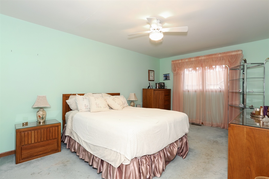 Real Estate Photography - 6742 Eagle Dr., Tinley Park, IL, 60477 - Master Bedroom