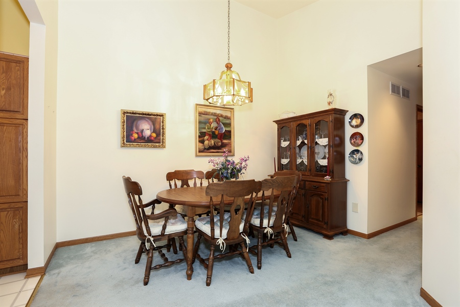 Real Estate Photography - 6742 Eagle Dr., Tinley Park, IL, 60477 - Dining Area
