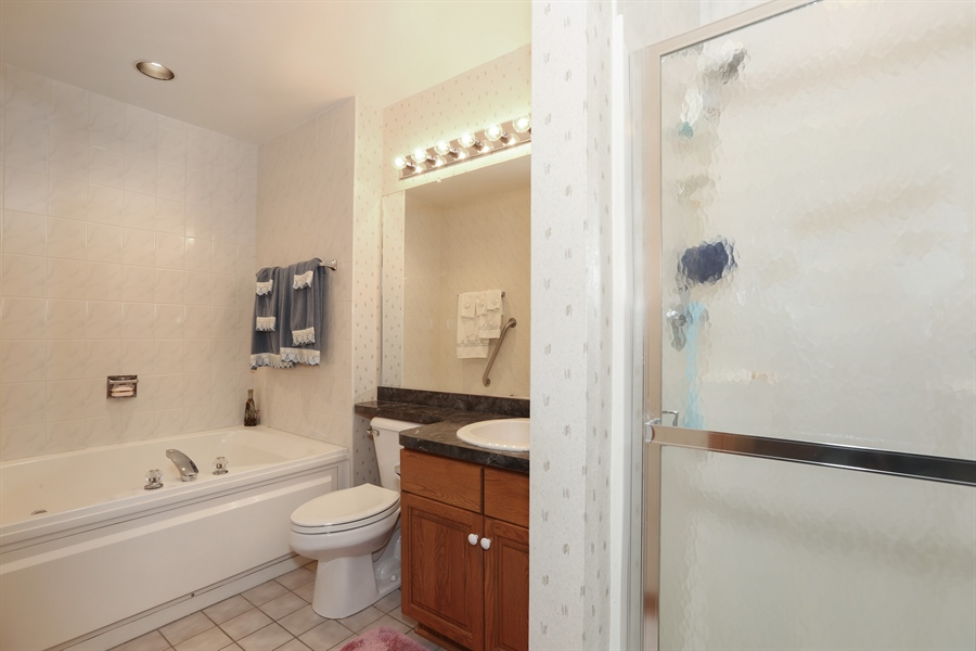 Real Estate Photography - 6742 Eagle Dr., Tinley Park, IL, 60477 - Upper Level Bathroom