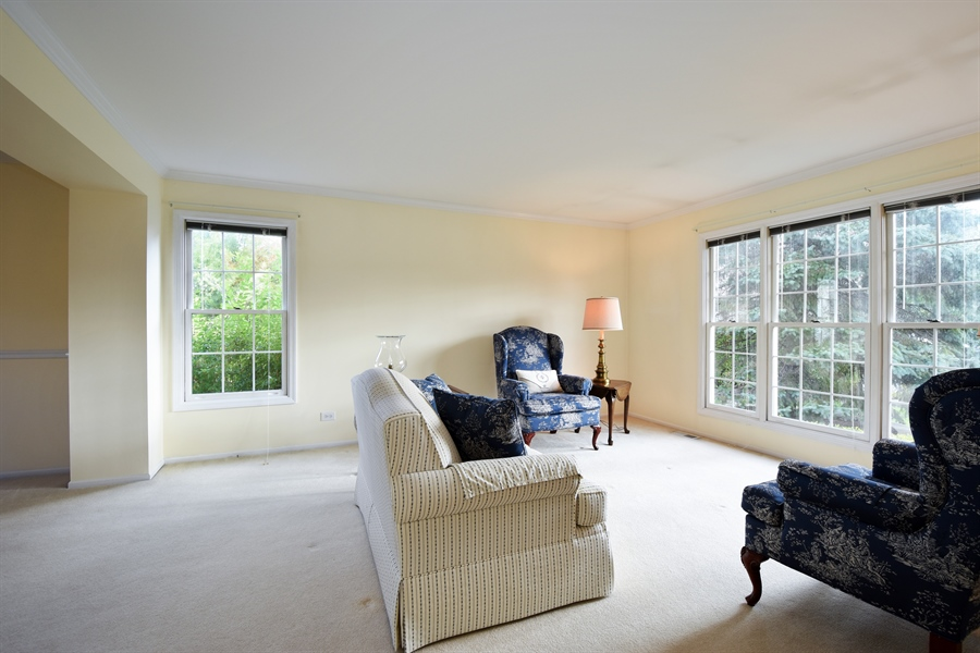 Real Estate Photography - 1230 Whitehall Court, Lake Zurich, IL, 60047 - Living Room