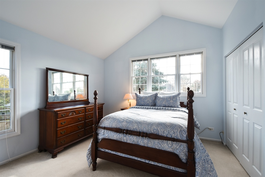 Real Estate Photography - 1230 Whitehall Court, Lake Zurich, IL, 60047 - 2nd Bedroom