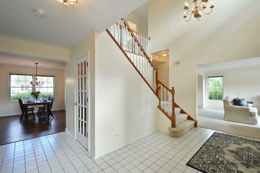 Real Estate Photography - 1230 Whitehall Court, Lake Zurich, IL, 60047 - Foyer