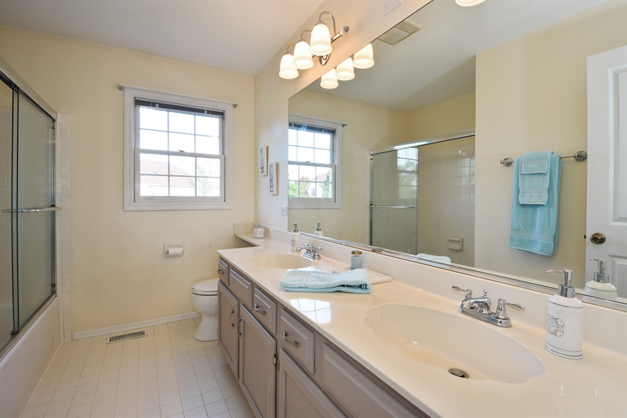 Real Estate Photography - 1230 Whitehall Court, Lake Zurich, IL, 60047 - Bathroom