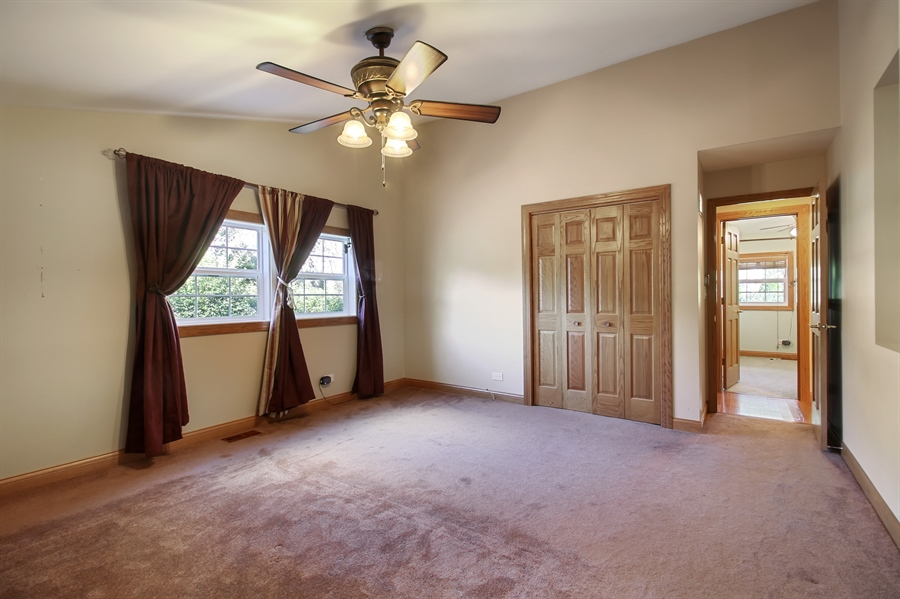 Real Estate Photography - 1210 WESTMORE MEYERS, LOMBARD, IL, 60148 - Master Bedroom