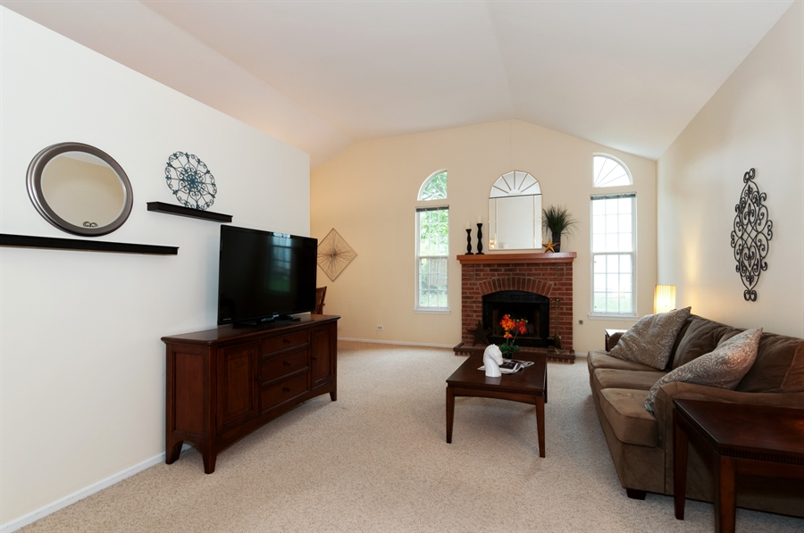 Real Estate Photography - 2082 Wildwood Ln., Hanover Park, IL, 60133 - Living Room