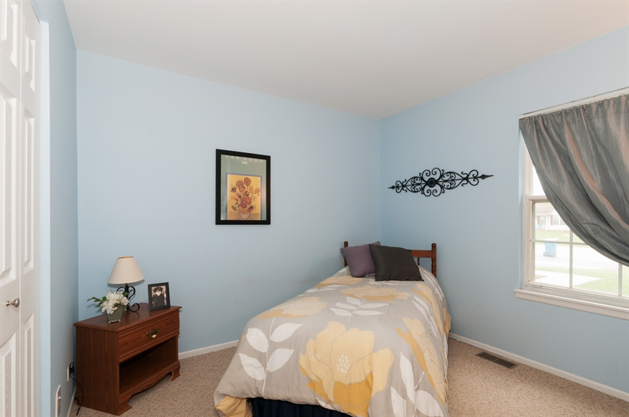 Real Estate Photography - 2082 Wildwood Ln., Hanover Park, IL, 60133 - Bedroom