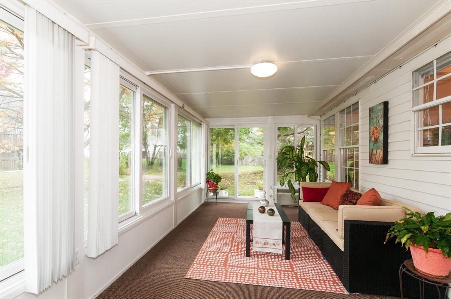 Real Estate Photography - 2082 Wildwood Ln., Hanover Park, IL, 60133 - Sun Room