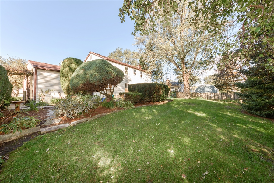 Real Estate Photography - 660 Essington Ln, Buffalo Grove, IL, 60089 - Rear View