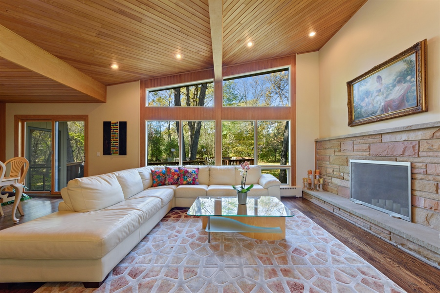 Real Estate Photography - 3417 E Mardan Dr, Long Grove, IL, 60047 - Living Room