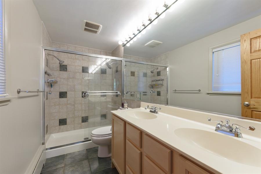 Real Estate Photography - 3417 E Mardan Dr, Long Grove, IL, 60047 - Master Bathroom