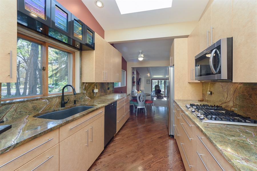 Real Estate Photography - 3417 E Mardan Dr, Long Grove, IL, 60047 - Kitchen