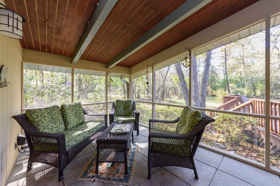 Real Estate Photography - 3417 E Mardan Dr, Long Grove, IL, 60047 - Sun Room