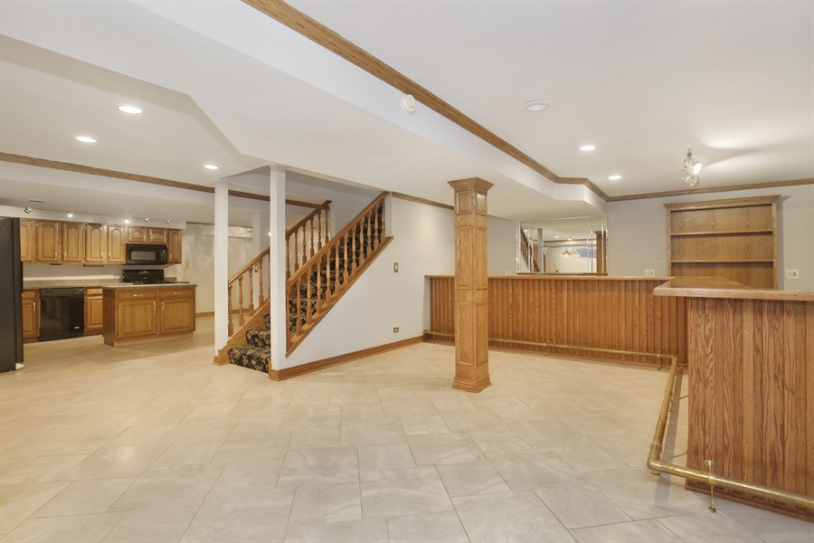 Real Estate Photography - 521 Ford LN, Bartlett, IL, 60103 - Lower Level