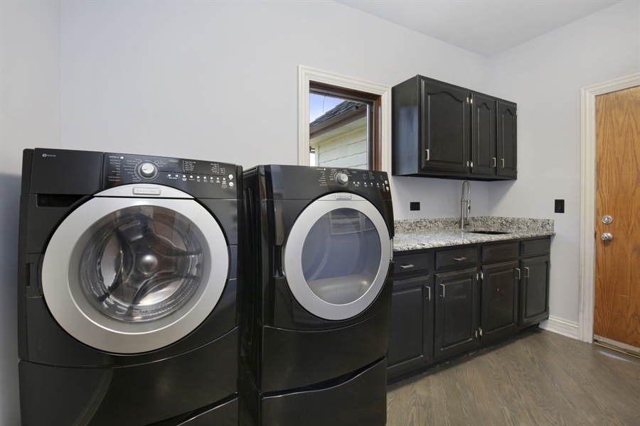 Real Estate Photography - 521 Ford LN, Bartlett, IL, 60103 - Laundry Room