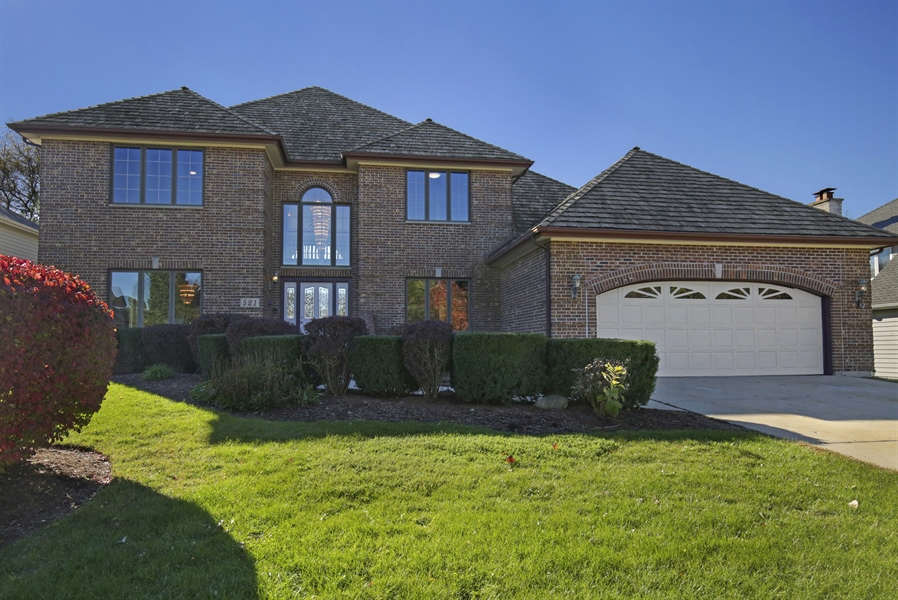 Real Estate Photography - 521 Ford LN, Bartlett, IL, 60103 - Front View