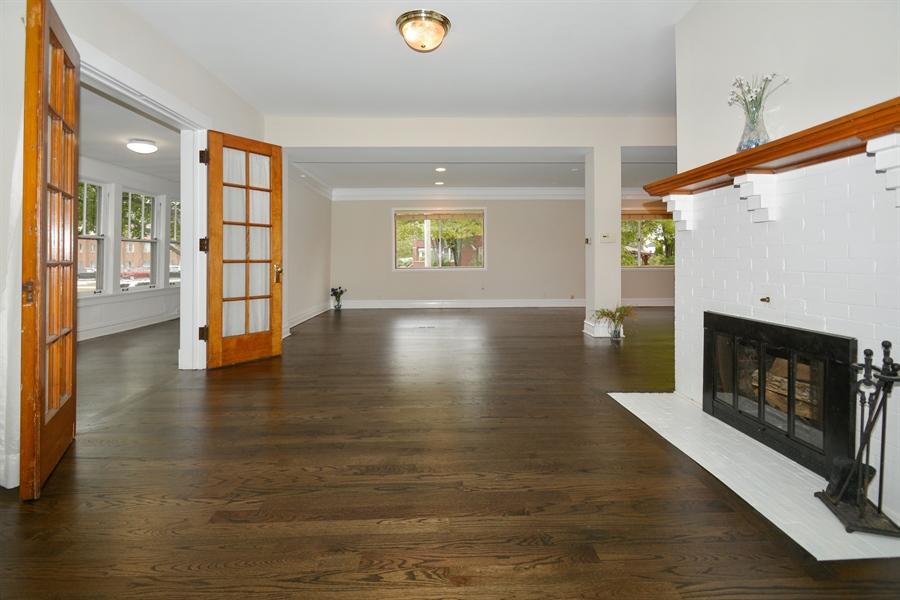 Real Estate Photography - 129 N. Catherine Avenue, La Grange, IL, 60525 - Living Room