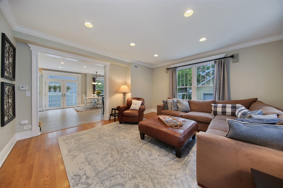 Real Estate Photography - 4325 Grand Avenue, Western Springs, IL, 60558 - Family Room