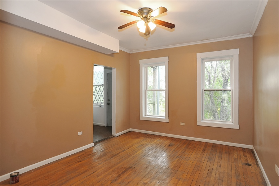 Real Estate Photography - 1507 E 69th Pl, Chicago, IL, 60637 - Dining Room