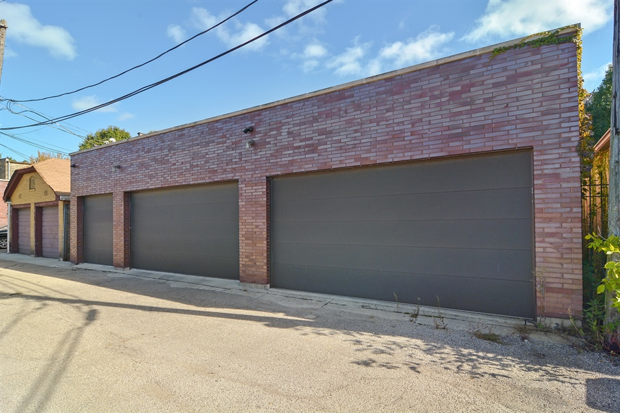 Real Estate Photography - 520 N Armour, Chicago, IL, 60642 - Garage