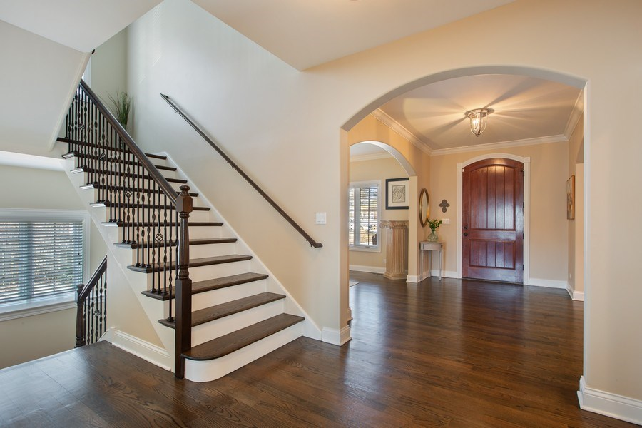 Real Estate Photography - 937 Kenyon St, Downers Grove, IL, 60516 - Hall View