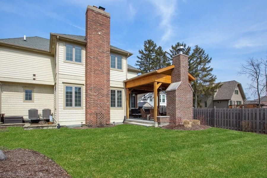 Real Estate Photography - 937 Kenyon St, Downers Grove, IL, 60516 - Backyard
