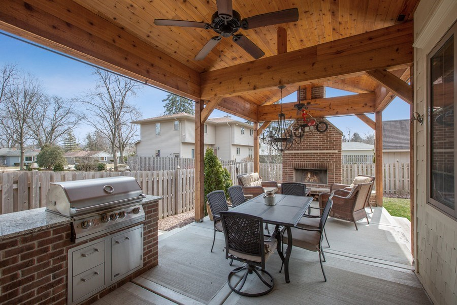Real Estate Photography - 937 Kenyon St, Downers Grove, IL, 60516 - Outdoor Patio/BBQ/Entertainment