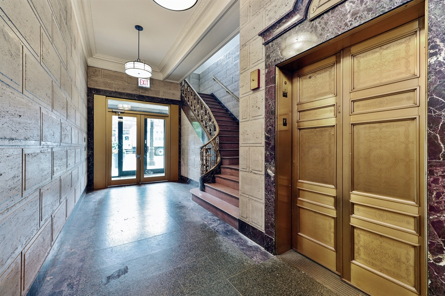 Real Estate Photography - 4015 N Milwaukee Ave, Unit 307, Chicago, IL, 60641 - Lobby