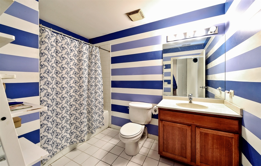 Real Estate Photography - 4015 N Milwaukee Ave, Unit 307, Chicago, IL, 60641 - Bathroom