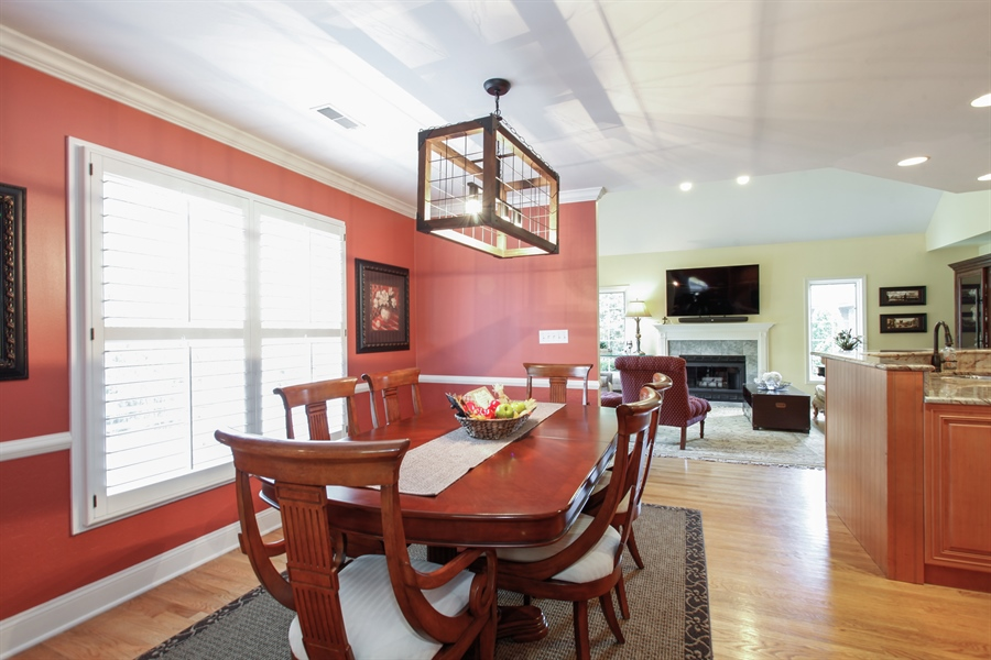 Real Estate Photography - 65 Harris, Clarendon Hills, IL, 60514 - Dining Area 2