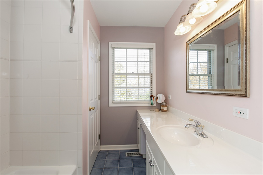 Real Estate Photography - 65 Harris, Clarendon Hills, IL, 60514 - 2nd Bathroom