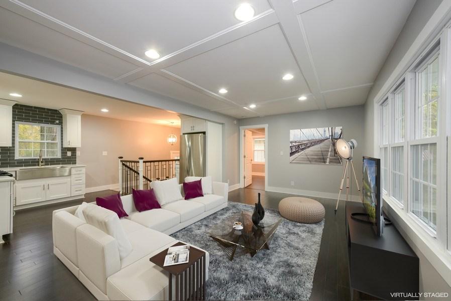 Real Estate Photography - 16013 Prusa Road, New Buffalo, MI, 49117 - Living Room