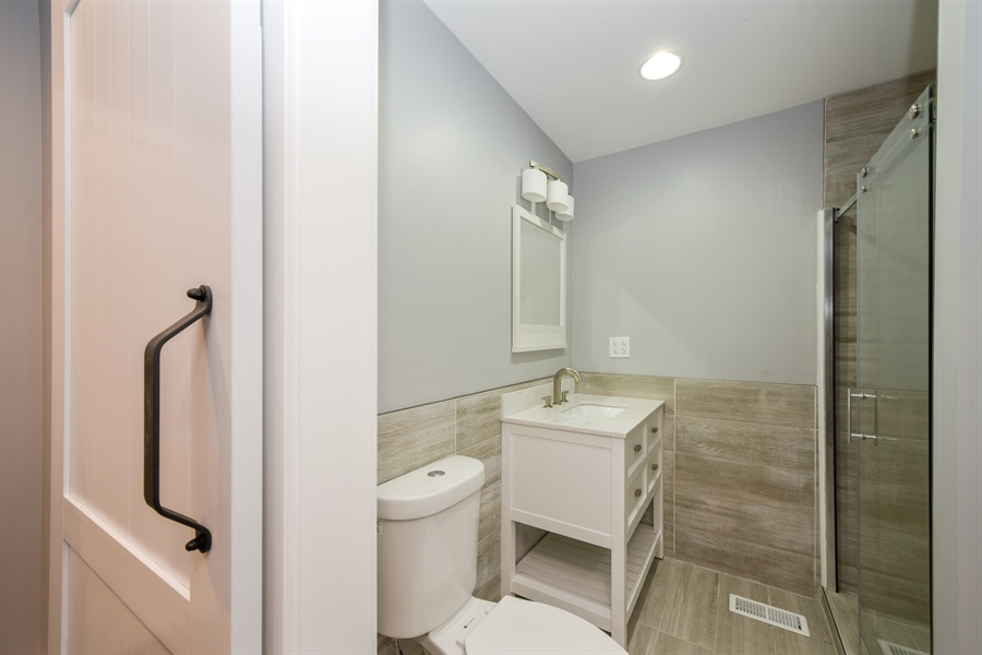 Real Estate Photography - 16013 Prusa Road, New Buffalo, MI, 49117 - Master Bathroom
