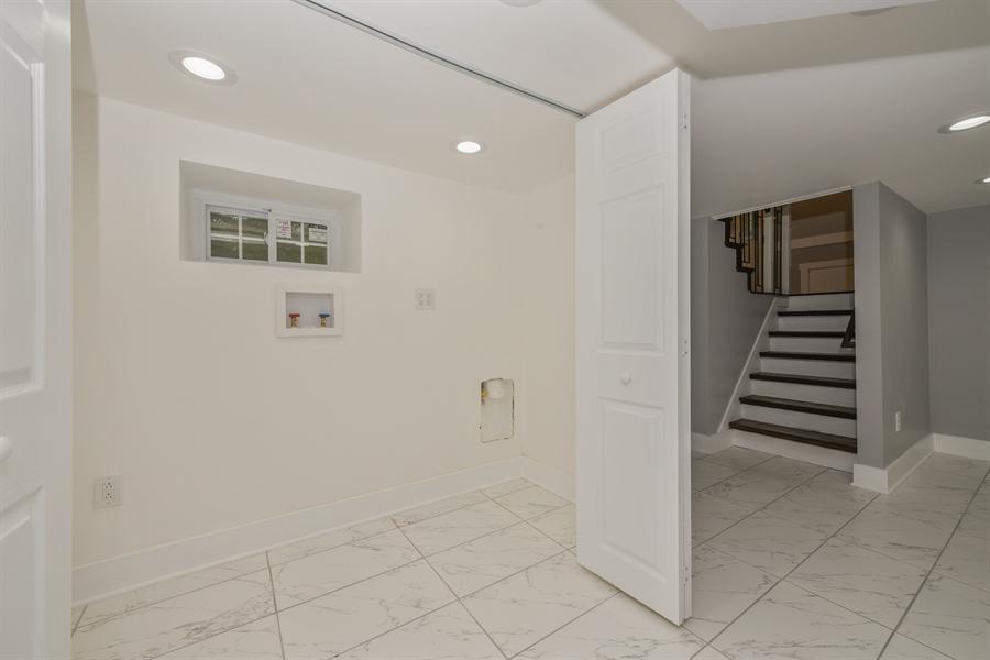Real Estate Photography - 16013 Prusa Road, New Buffalo, MI, 49117 - Laundry Room