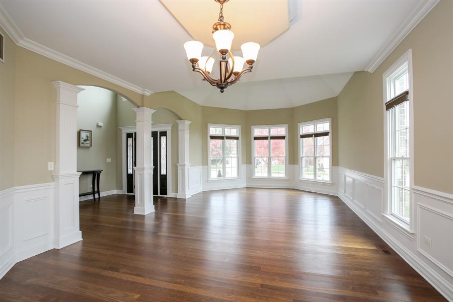 Real Estate Photography - 1685 W Prescott Place, Addison, IL, 60101 - Living Room
