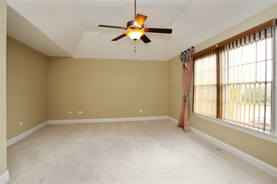 Real Estate Photography - 1685 W Prescott Place, Addison, IL, 60101 - 3rd Bedroom