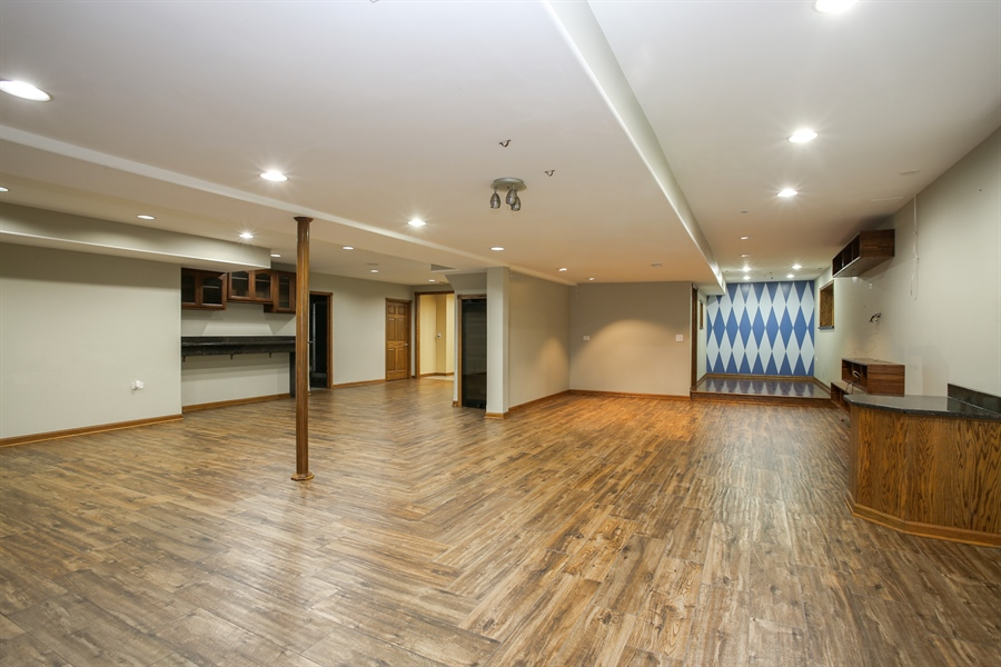 Real Estate Photography - 1685 W Prescott Place, Addison, IL, 60101 - Basement