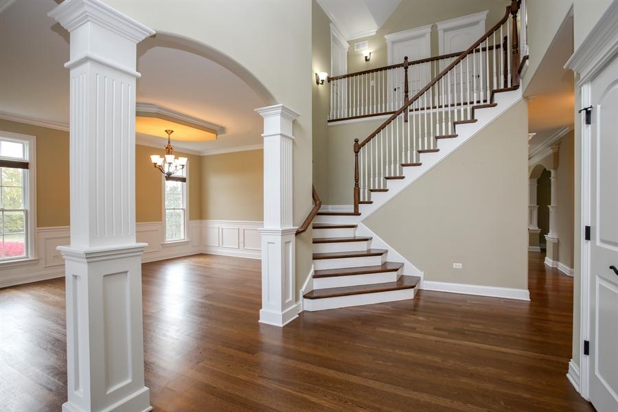 Real Estate Photography - 1685 W Prescott Place, Addison, IL, 60101 - Foyer