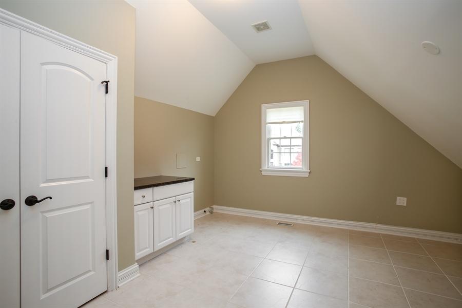 Real Estate Photography - 1685 W Prescott Place, Addison, IL, 60101 - Laundry Room