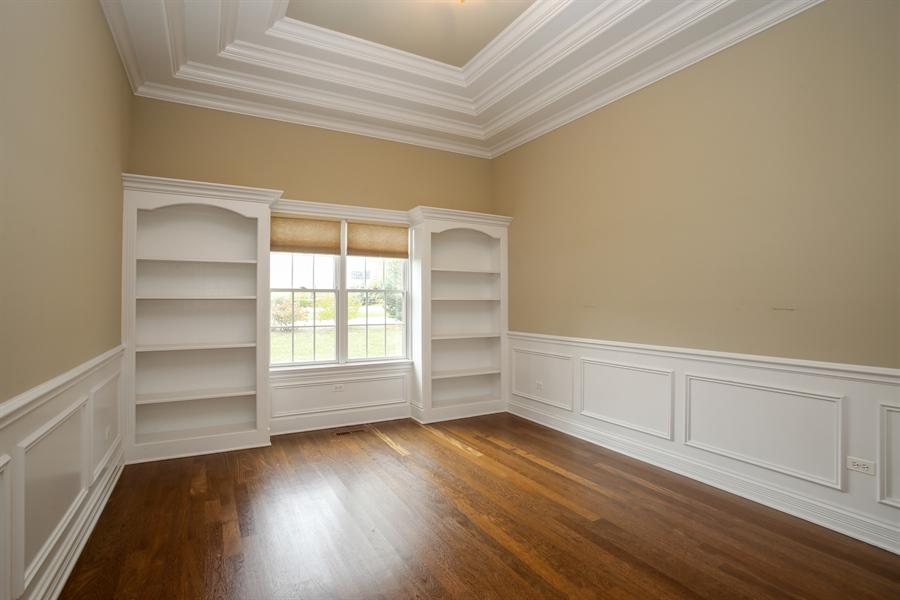Real Estate Photography - 1685 W Prescott Place, Addison, IL, 60101 - Office