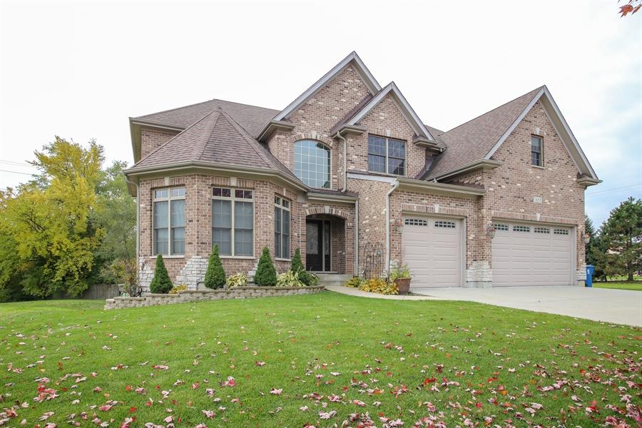 Real Estate Photography - 1685 W Prescott Place, Addison, IL, 60101 - Front View