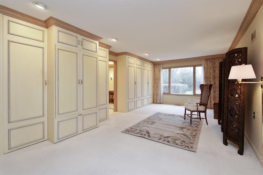 Real Estate Photography - 144 Arrowwood, Northbrook, IL, 60062 - Master Bedroom