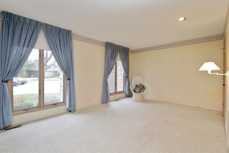 Real Estate Photography - 144 Arrowwood, Northbrook, IL, 60062 - Bedroom